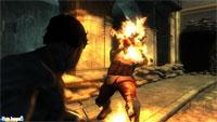 A Hayden también le gusta el sadomasoquismo, aquí vemos cómo disfruta viendo arder a su enemigo