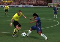 Ronaldinho será uno de los 3 protagonistas de la portada del juego.