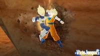 En Raging Blast podremos empotrar al rival contra un elemento para menguar su salud