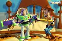 Buzz siempre se toma las cosas más en serio, Woody es más sarcástico