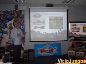 En el escenario de la presentación había incontables referencias a Dragon Quest