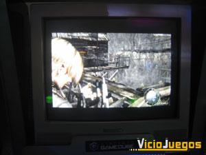 Resident Evil 4 estaba en versión jugable en castellano, dentro de una sala repleta de Gamecube