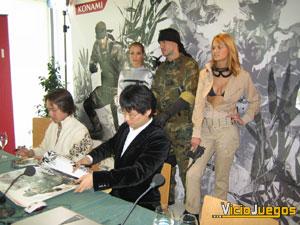 """La cantidad de gente esperando su firma fue tal que The Boss, Snake y EVA se pusieron cuales """"guardaespaldas"""""""