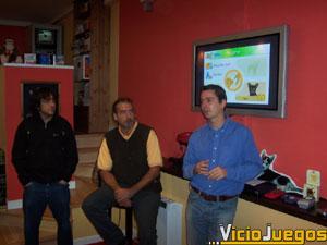 """Nicolás Wegnez, Fabio Dieguez y Antonio Morán (de derecha a izquierda) nos explican por qué """"Nintendogs"""" es tan especial"""